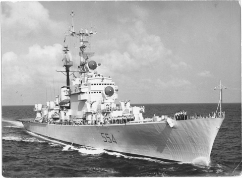 1 raduno equipaggi di nave duilio la voce del marinaio for Andrea doria nave da guerra
