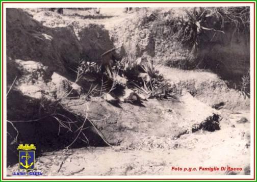 cadaveri di militari morti a Cafalonia tra il 15 e il 26.9.1943 f.p.g.c. Famiglia Di Rocco per www.lavocedelmarinaio.com - Copia