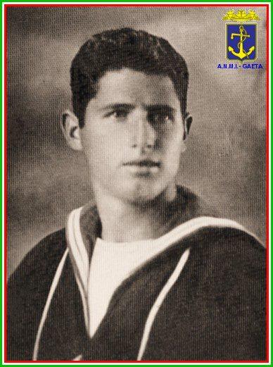 12.12.1941 Salvatore Stefanelli foto pgcf - www.lavocedelmarinaio.com