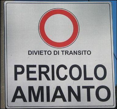 divieto di transito pericolo amiantoCattura - Copia