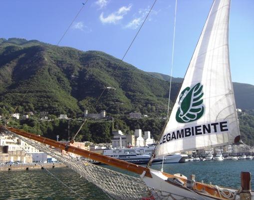 La Goletta Verde di Lega Ambiente (foto dal sito www.legaambiente.it)
