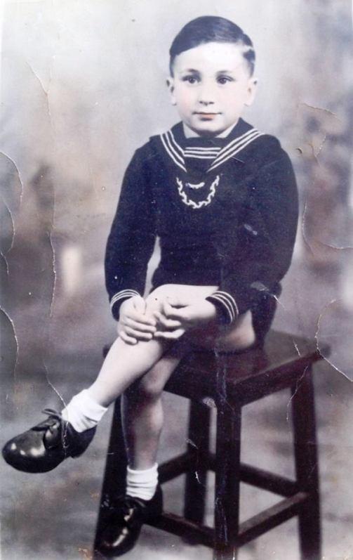 Roberto Arienti (giovane ma già marinaio per sempre) f.p.g.c. a www.lavocedelmarinaio.com