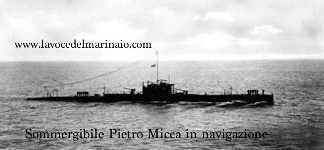 Sommergibile Pietreo Micca in navigazione - www.lavocedelmarinaio.com