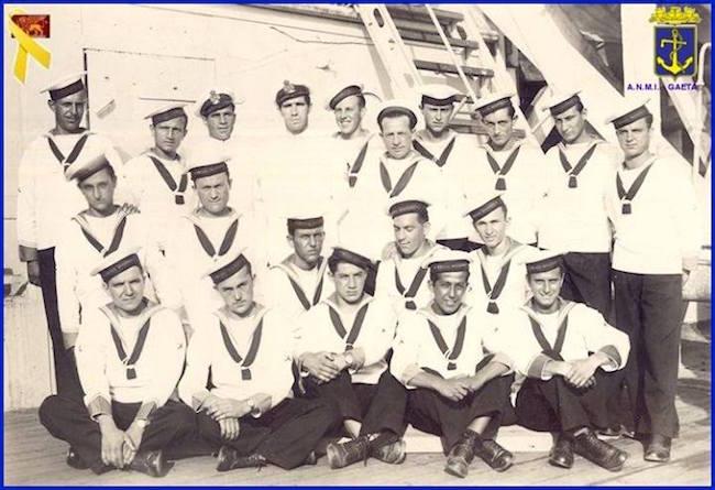 saluti dalla regia nave scuola Marco Polo (4 luglio 1942) f.p.g.c. Carlo Di Nitto a www.lavocedelmarinaio.com