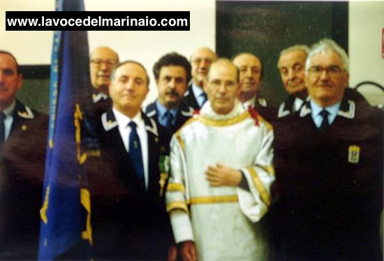 Don-Gino-Delogu-e-gli-inseparabili-amici-marinai