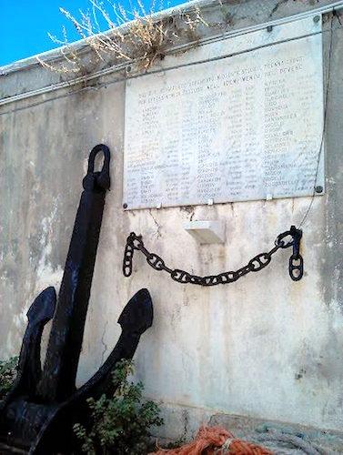 Lapide ai caduti della regia nave Bersagliere