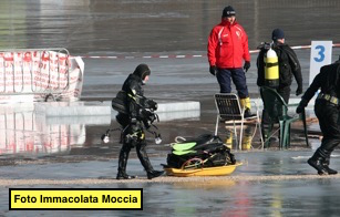 Immacolata Moccia prima dell'immersione al Lago di Lavarone fp.g.c. autrice a www.lavocedelmarinaio.com