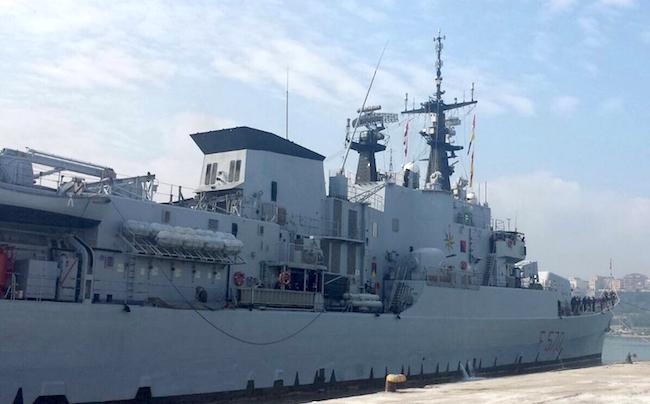 Nave Maestrale in porto - www.lavocedelmarinaio.com