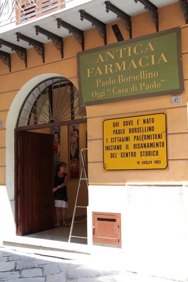 Antica Farmacia Paolo Borsellino oggi denominata La casa di Paolo - foto internet - www.lavocedelmarinaio.com