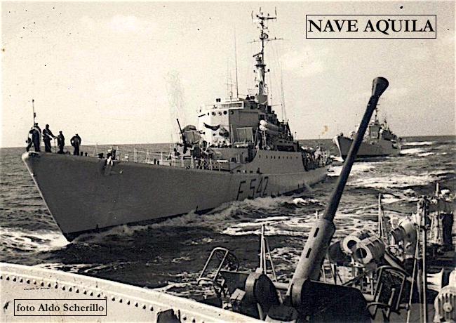 Nave Aquila (Foto Aldo Scherillo) - www.lavocedelmarinaio.com