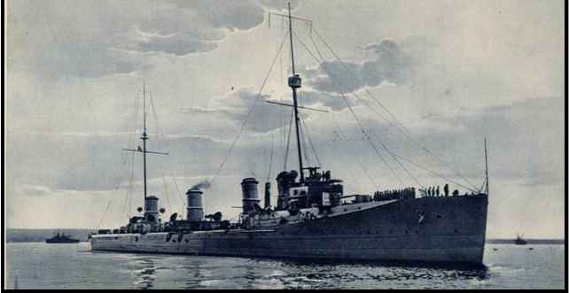 Regia nave Nino Bixio in navigazione - www.lavocedelmarinaio.com