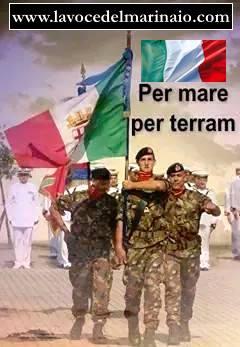 il saluto alla bandiera del reggimento San Marco - www.lavocedelmarinaio.com