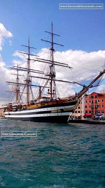 Nave Vespucci a Venezia - www.lavocedelmarinaio.com - foto Giovanni Caruso