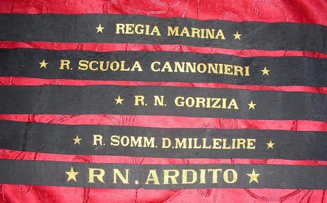 I nastrini di Rodolfo Fiaschi - www.lavocedelmarinaio.com