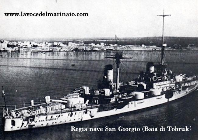 regia nave San Giorgio nella baia di Tobruk - www.lavocedelmarinaio.com