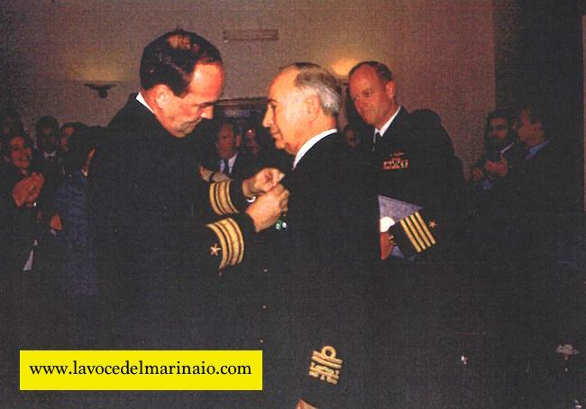 Medaglia legione di Merito ammiraglio Egidio Alberti - www.lavocedelmarinaio.com