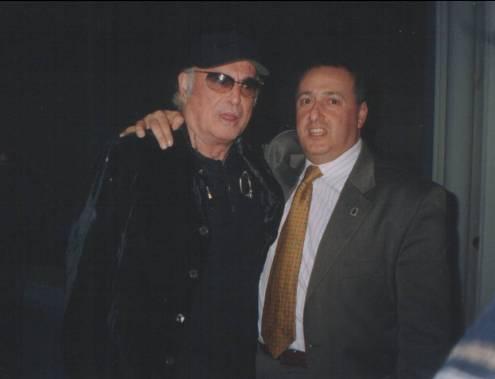 Franco Califano e Ezio Pancrazio Vinciguerra (www.lavocedelmarinaio.com)