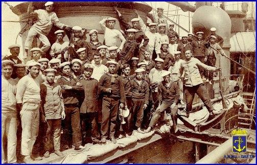 marinai di un secolo fa(foto carlo di nitto per www.lavocedelmarinaio.com)