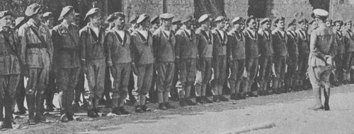 WWW.LAVOCEDELMARINAIO.COM Fucilieri Btg S. MARCO - Copia