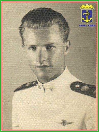 18.12.1941 Alfonso Di Nitto (foto pg.c. di Carlo Di Nitto a www.lavocedelmarinaio.com)