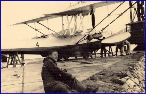 Alfonso Di Nitto e il suo aereo f.p.g.c. Carlo Di Nitto a www.lavocedelmarinaio.com