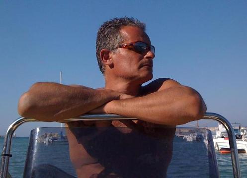 Sandro-Macchia-e-il-suo-immenso-mare-di-Otranto-www.lavocedelmarinaio.com_