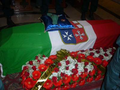 lutto (www.lavocedelmarinaio.com)