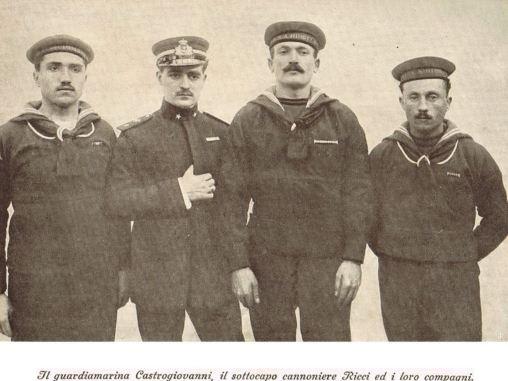 Guardiamarina Castogiovanni e i suoi compagni - copia - www.lavocedelmarinaio.com
