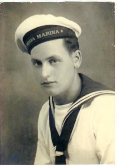 Pietro Mancini marinaio a Lero,l'isola degli eroi (f.p.g.c. G.A. Mancini a www.lavocedelmarinaio.com) - diritti riservati