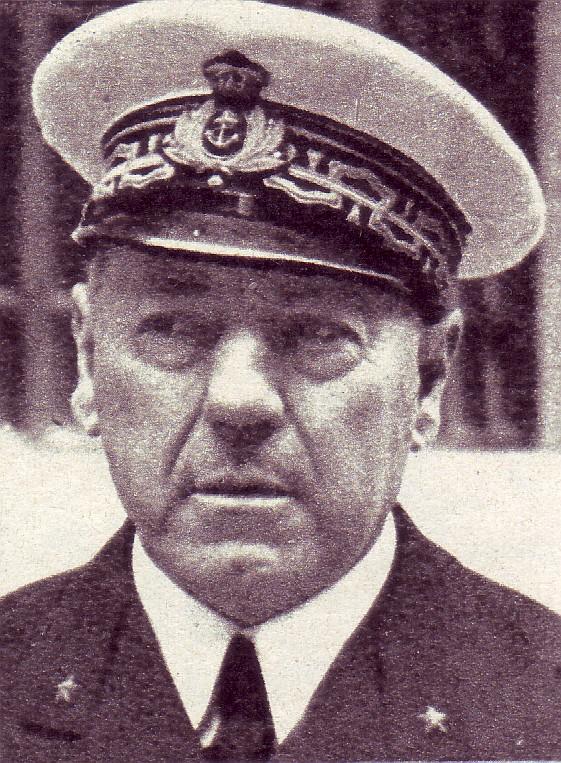 Ammiraglio Antonio Legnani - foto da internet - www.lavocedelmarinaio.com