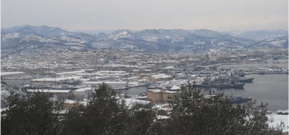 La Spezia sotto la neve - foto Giuseppe Magazzù p.g.c. a www.lavocedelmarinaio.com