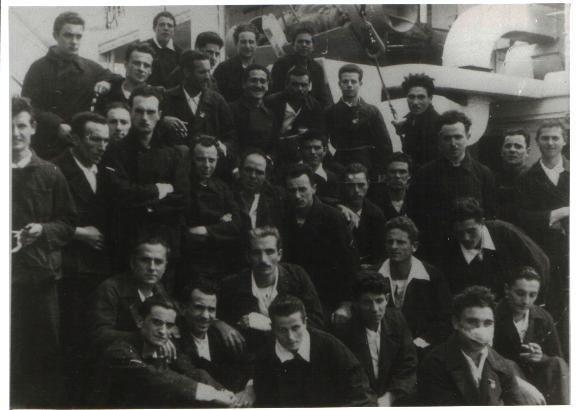 reduci di Capo Matapan a bordo regia nave gradisca f.p.g.c. Giuseppe Zaccarelli a www.lavocedelmarinaio.com