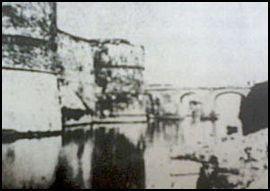 Il ponte di pietra di Tranto - www.lavocedelmarinaio.com