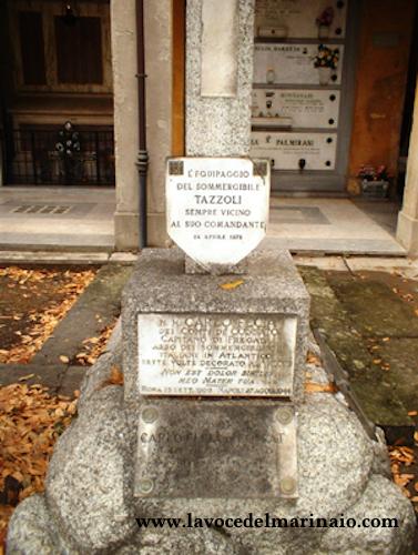 La tomba di Carlo Fecia di Cossato www.lavocedelmarinaio.com