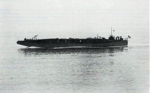 MZ 755 (collezioni private e dalla Bunsesarchiv con scatti del Leutnant zur See Horst Grund della Kriegsmarine) www.lavocedelmarinaio.com - Copia