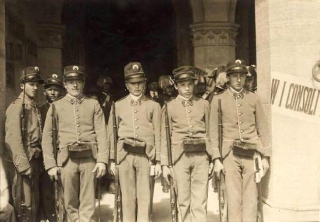 soldati della repubblica di San Marino (foto lombardiabeniculturali.it)