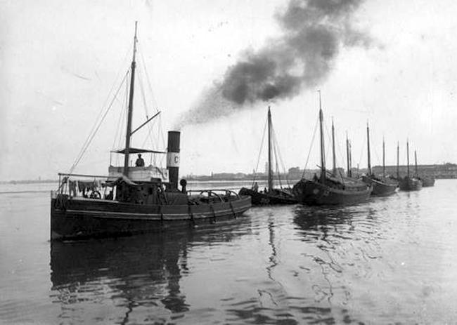 naviglio fluviale - www.lavocedelmarinaio.com