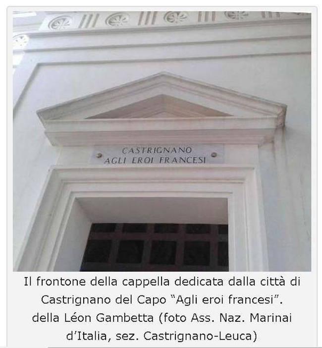 Monumento a Castrignano del Capo che ricorda l'epsodio (f.p.g.c. ANMI LEUCA a www.lavocedelmarinaio.com