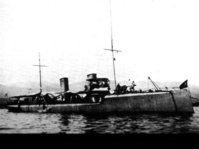 Regia-nave-Lampo-1^-guerra-mondiale-www.lavocedelmarinaio.com_