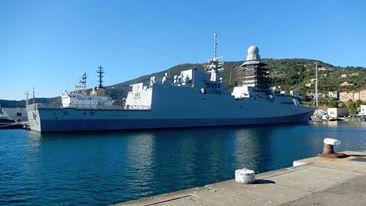 fregata Margottii ormeggiata a La Spezia - www.lavocedelmarinaio.com