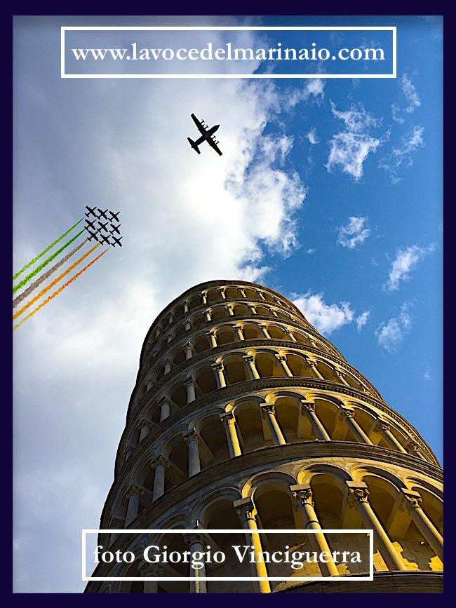 pisa-10-9-2016-omaggio-alle-freccie-tricolori-foto-giorgio-vinciguerrra-per-www-lavocedelmarinaio-com