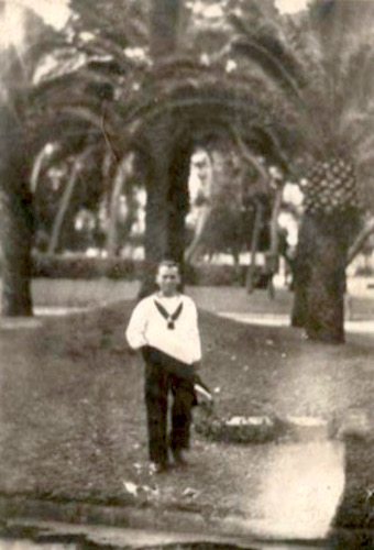 vittorio-poni-nei-giardini-di-taranto-www-lavocedelmarinaio-com