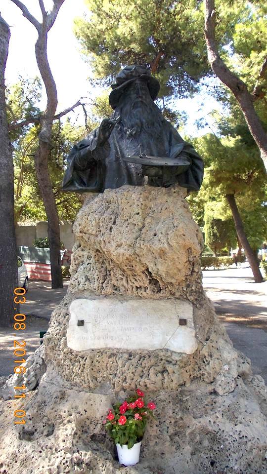 il-busto-di-leonardo-da-vinci-a-taranto-f-p-g-c-giovanni-greco-a-www-lavocedelmarinaio-com