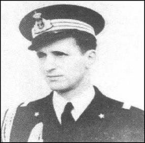 tenente-di-vascello-francesco-acton-www-lavocedelmarinaio-com-copia