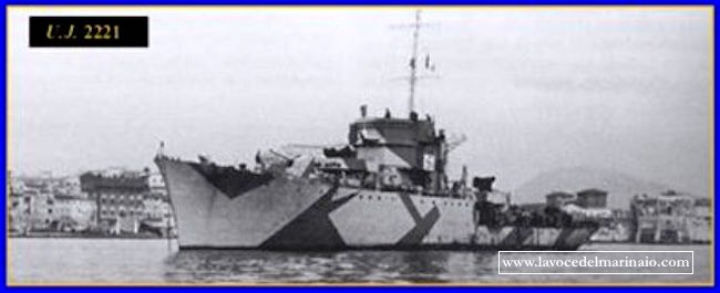 nave-u-j-2221-www-lavocedelmarinaio-com